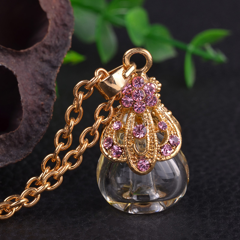 MUB high quality cooper and zircon fashion popular glass perfume bottle pendant necklace,diffuser necklace <strong>manufacturing</strong>