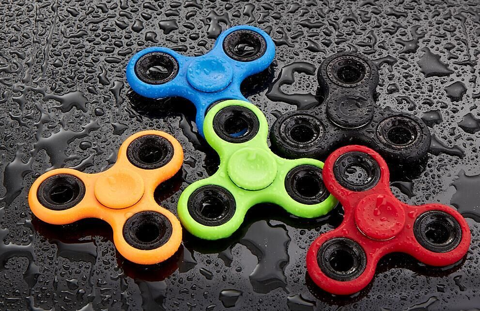 Anti-Anxiety 360 Spinner Helps Focusing Fidget Toy for Kids & Adults