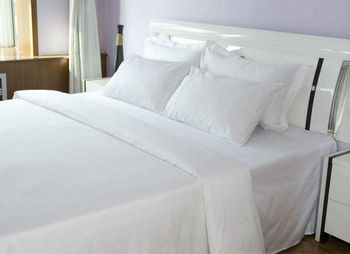 Charming Hotel Bed Sheet Luxury Linen