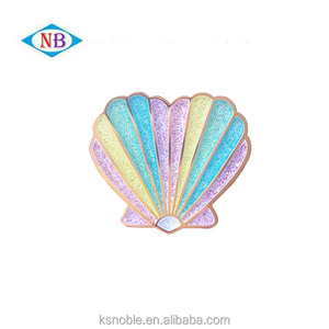 China Manufacturers Custom Enamel Lapel Pin Badge For Your Own Design