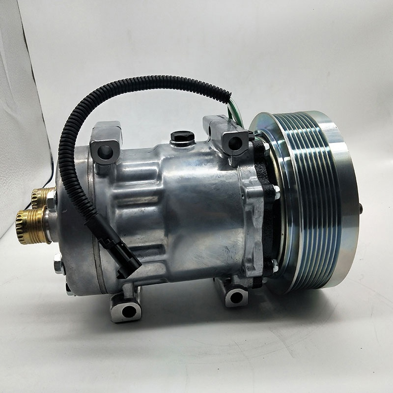 SANDEN NEW HOLLAND 7H15-4795  352524A2 86983968 504080930  Ac compressor