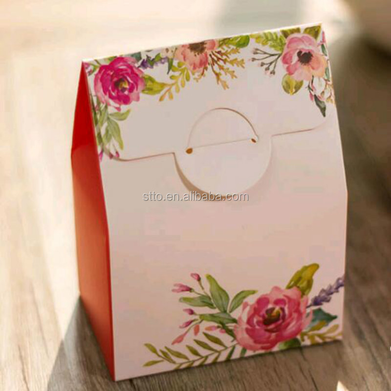 Luxury Wedding 8x8 Gift Invitation Boxes With Chinese Style Design