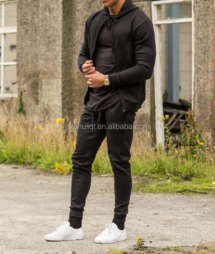 OEM service tracksuit sportswear for men /custom slim fit gym comfortable mens tracksuit with facoty price H-2407