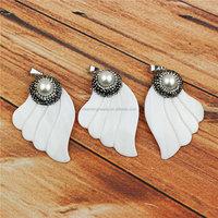 Fashion rhinestone Angel wings pendant,pearl jewelry pave diamond shell pendant,wholesale shell jewelry pendant charm CH-MAP0574