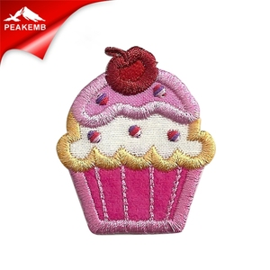 High quality cheap cupcake Patch Iron On Custom Embroidered Patches