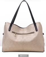 Hand bag lady