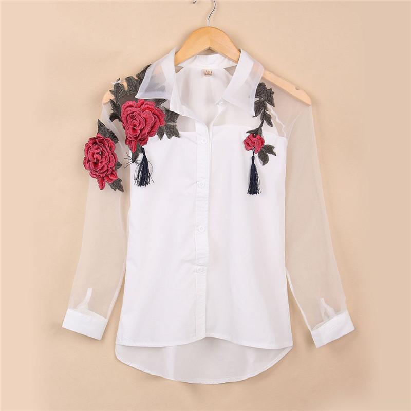 Resultado de imagem para blusa com bordado de flor