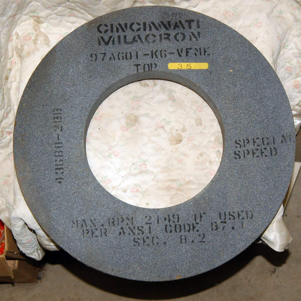 16 X 1-1/2 X 8 CYLINDRICAL GRINDING WHEEL SPEC 97A601-K6-VFME
