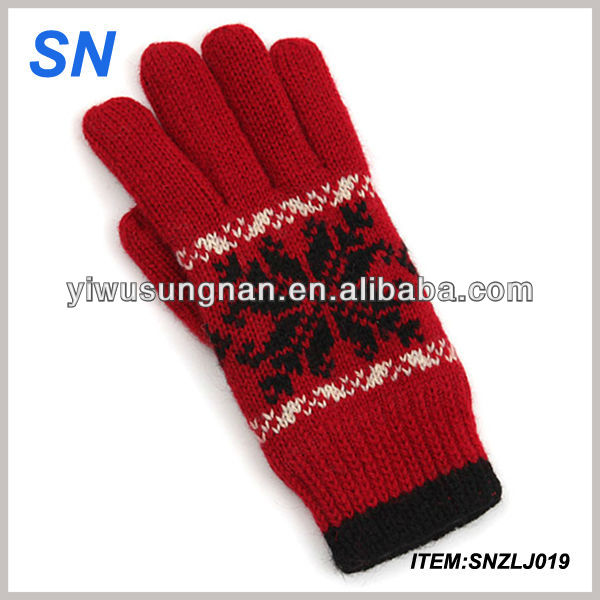 high quality YiWu hot fashion knitted handmade cheap wool winter thick custom knitted acrylic cute winter glove mittens