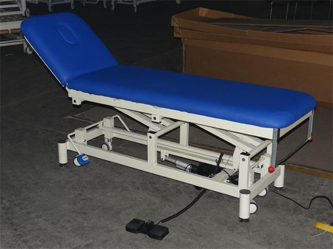 MTEC1 examination couch medical