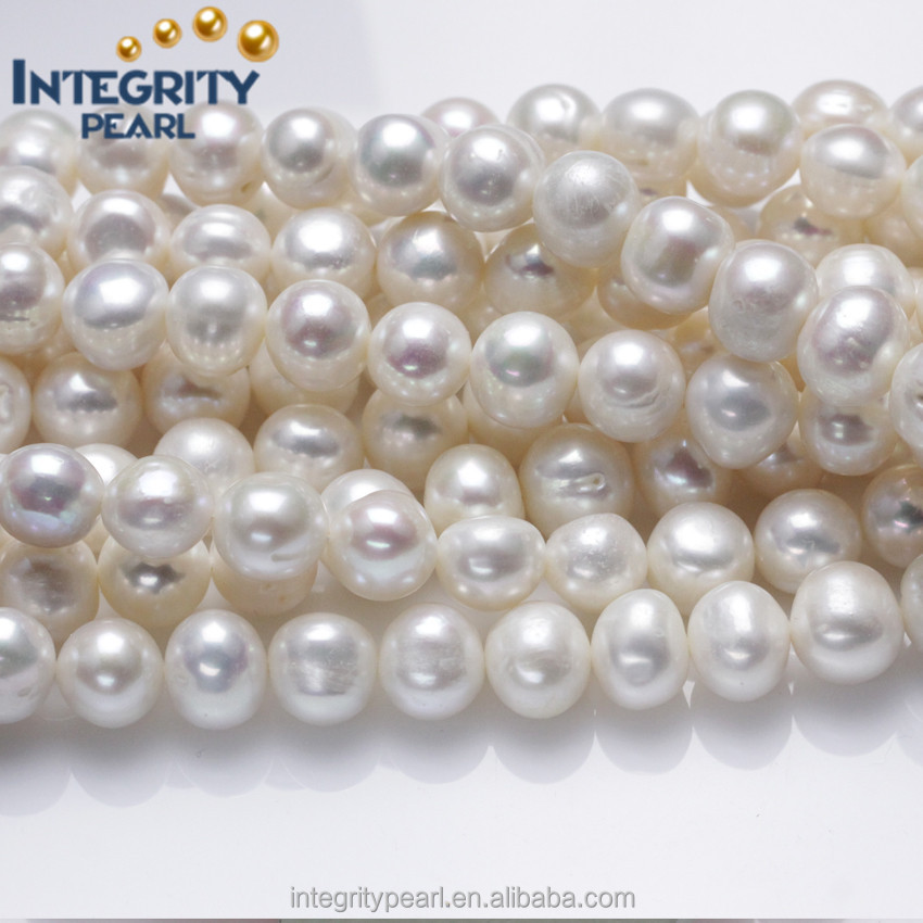 May 03, · Edit Article How to String Pearls. Three Methods: Preparing to String Pearls Knotting As You Go Stringing and Knotting Community Q&A Stringing pearls can be necessary when making jewelry or when restringing worn out strands of pearls%(1).