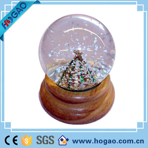 Christmas Resin Glass Snow Water Globe with Blowing Snow