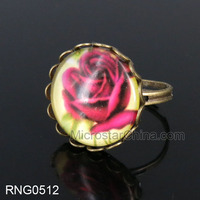 New Design Finger Brass Ring With Round Red Rose Cabochon