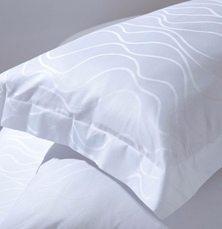 Low Price Jacquard White Polyester Pillow Case