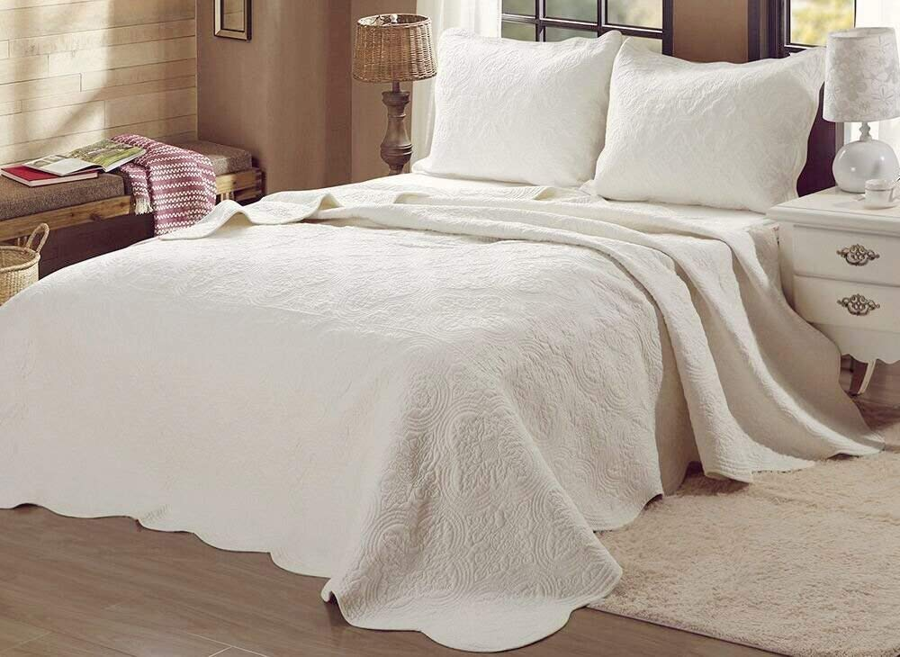 Cozy Line Home Fashions 100% Cotton Victorian Embossed Medallion Solid Ivory Bedding Quilt Set, Reversible Coverlet, Bedspread for Bedroom Guestroom (Blantyre - Ivory, Queen - 3 Piece)