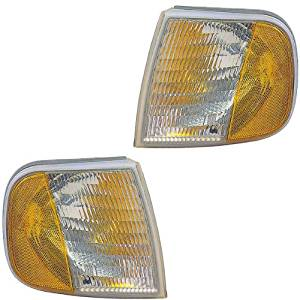 1996-1997 Ford F150 & 96-97 Ford F-Series F250 (under 8500 LB GVW) (both Built Before 6/01/96 Production Date) Pickup Truck Corner Park Light Turn Signal Marker Lamp Pair Set Right Passenger And Left Driver Side