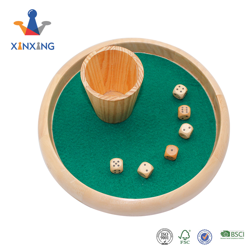 Pine wood round dice tray with cup and 6 wooden dice