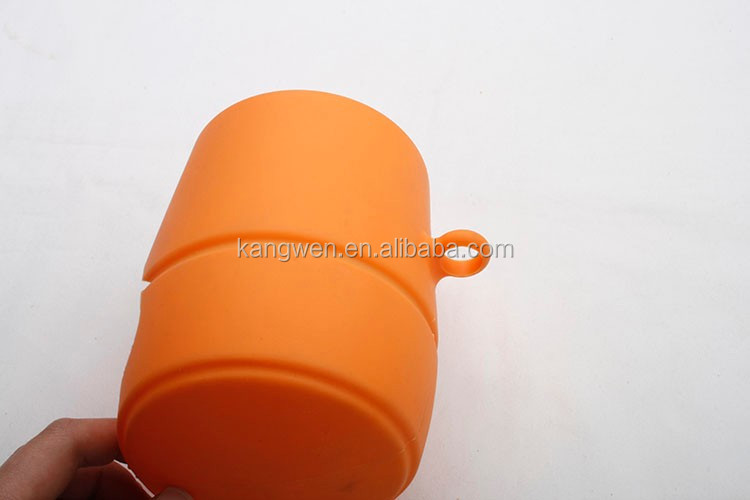 FDA LFGB reach standard silicone food storage silicone container with colorful design