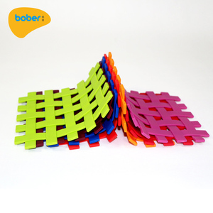 Best Quality Kitchen Gadget Heat Resistant Silicone Cup Coaster Silicone Table Pot Mat Hot Pad