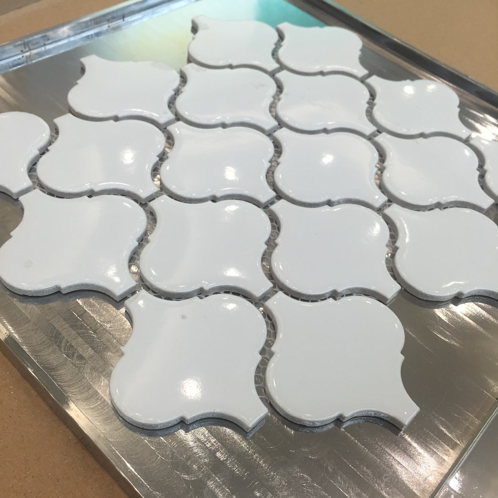 Pure white ceramic lantern mosaic tile backsplash