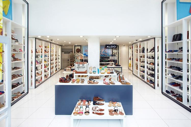 Wood shoes display furniture for retail shop decoration for Giorgio aldo interior designs