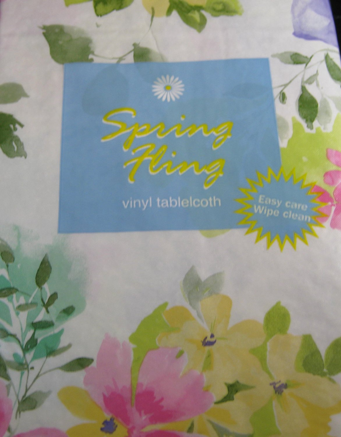 Flannel Backed Vinyl Spring Fling Tablecloths By Elrene -Floral- Assorted Sizes - Square,Oblong & Round (60 Round)