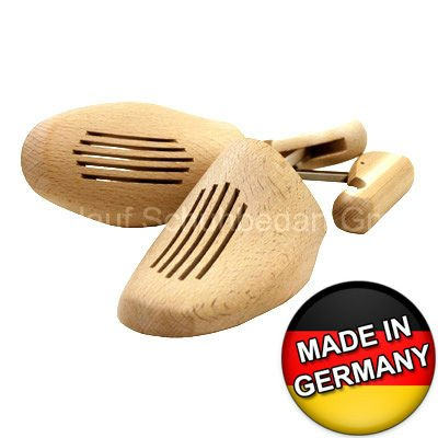 Shoe Trees made of German Beech - Wooden Unisex Shaper with adjustable Screw Mechanism. High quality product made in Germany!