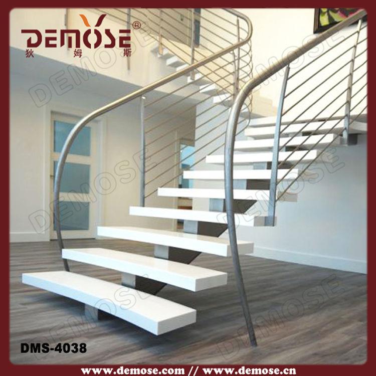 Utilizar hierro forjado pasamanos de la escalera negro for Escaleras de granito precios