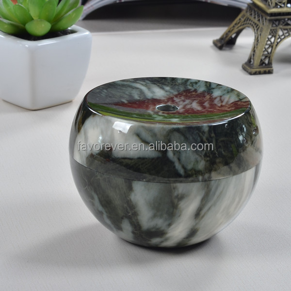 Super Portable marbling air humidifier, can use in car, office and bedroom. very simple and convenience