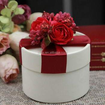 Round Red Flowers Wedding Gift Box Candy Paper