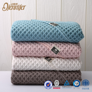 New Products Most Popular Bath Towel Thick Waffle 100% Cotton For Hotel