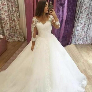 b5ed81a6d71 3 4 Sleeve Wedding Dress