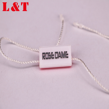 Factory price customize china paper swing tag,black white gloss clothes hang tag