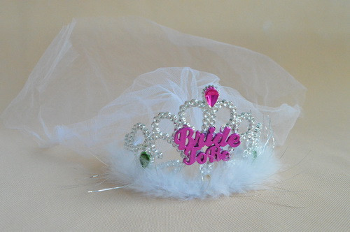 Novelty Bachelorettte Party Tiara With White Veils