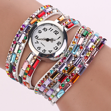 Dámské hodinky s páskem s barevnými kamínky z Aliexpress