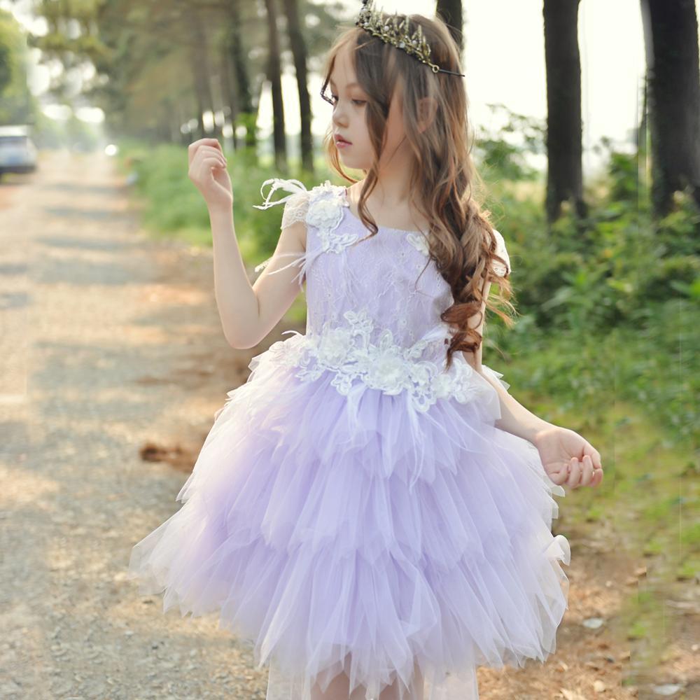 3ecb030c9d0e4 Dentelle Fleur Robes De Soirée Fantaisie avec pettiskirt Enfants Robe De Mariée  Petite Fille Robe Cérémonie