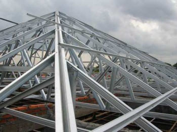 Good Prefabricated Low Cost Steel Roof Trusses Prices