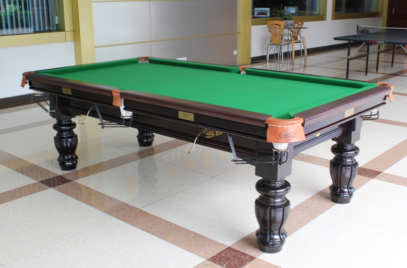 High-quality billiard table snooker table