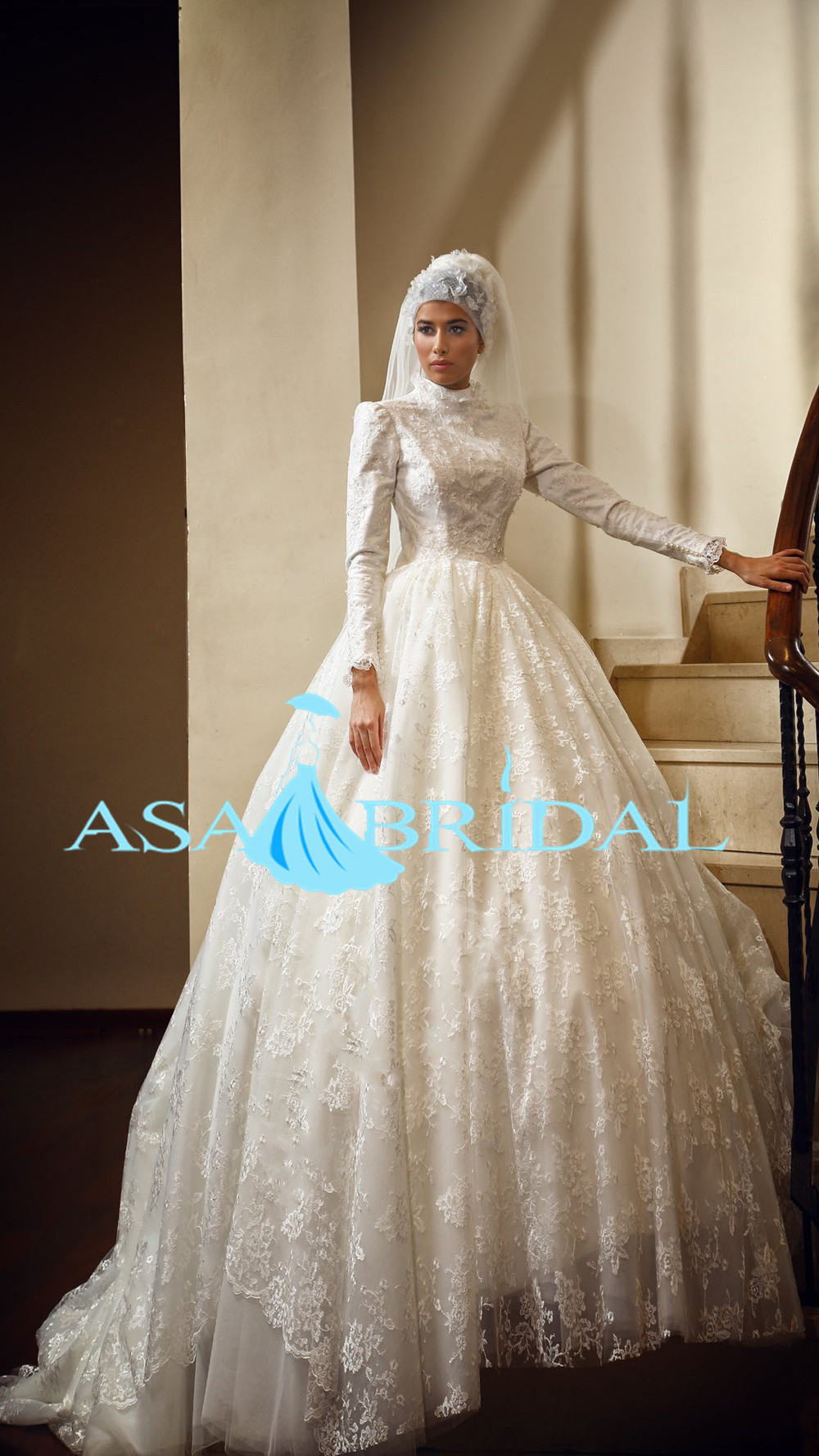 Musl 1889 Gorgeous Bridal Gowns From Dubai Gelinlik Lace Long Sleeve Beading Hijab Muslim