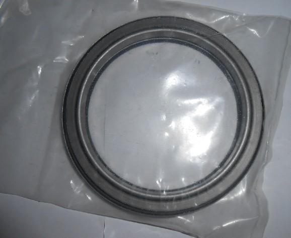 Auto Parts Crankshaft Rr Oil Seal Bz4219e For Npr/4hf1 700p 8 ...