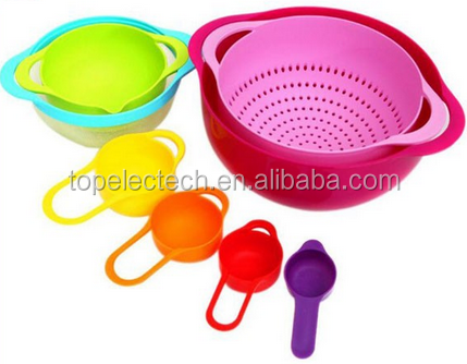 Colorful plastic rainbow mixing bowl, Kitchenware Utensils