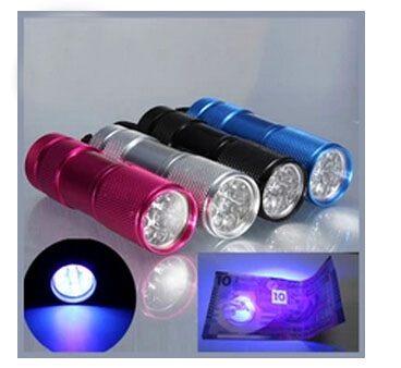 Hot Sale Mini Cheapest 9 LED Torch UV powered by 3AAA