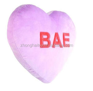 Plush Valentine's Day Pillow Heart Shape Pillow For Lovers' Day Purple Heart Pillow