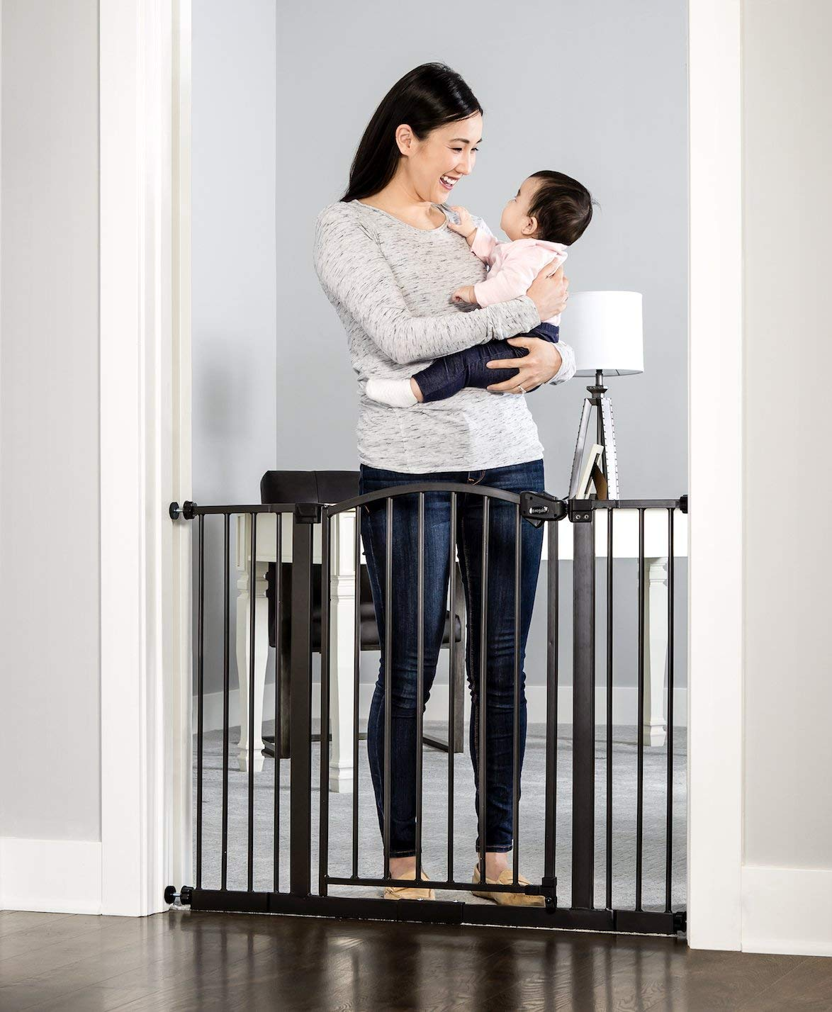 Regalo Easy Step Arched Décor Walk Thru Baby Gate, Bonus Kit, Includes 6-Inch Extension Kit, 4 Pack Pressure Mount Kit and 4 Pack Wall Mount Kit, Bronze