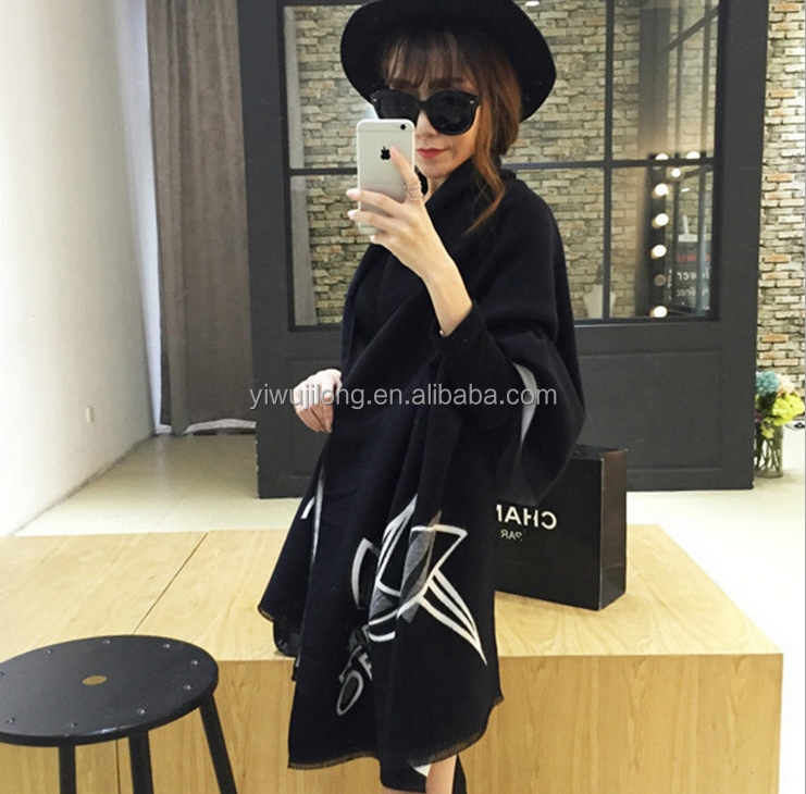 High quality top ending fashionable lady big reversible cashmere scarf lady part dress pashmina shawls