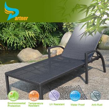 Cheap brown resin rattan outdoor portable beach chair for Outdoor mobel rattan