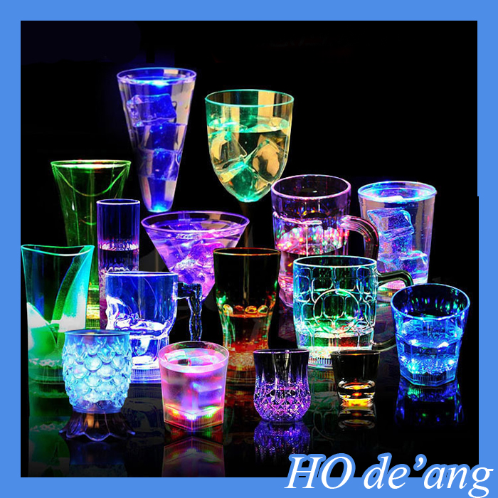 HOGIFT Fire wolf China factory suppy Bar/nightclub pub led flashing cola cup,Wholesale led light cup