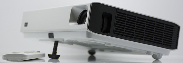 HOT SALES 3800 LUEMNS LASER PROJECTOR WITH PROMOTIONAL PRICE