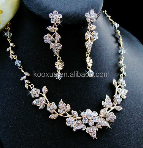 necklace jewelry and pearl xl plated i item en kw souq elegant women austrian set earring gold crystal accessory