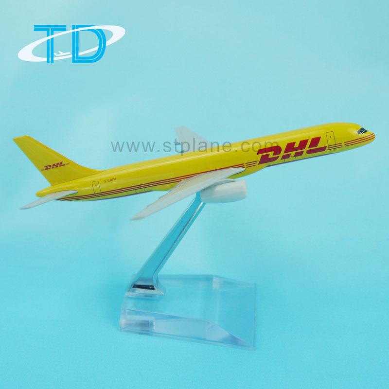 MOLINGXUAN Modello di Aeroplano Aeroplano in Lega da 16 cm Modello DHL Cargo Aereo 757 Aereo di Trasporto